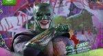 Hot Toys показала потрясающую фигурку Бэт-Джокера - Изображение 1