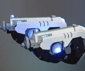 Посмотрите, как фанат воссоздает оружие изOverwatch спомощью Lego