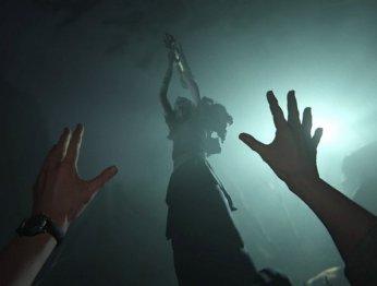 Добро пожаловать креднекам: опубликован релизный трейлер Outlast2