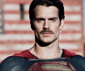 Усы Супермена захватывают Интернет. Warner Bros., возьмите назаметку!