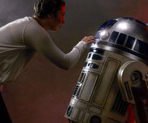 Взгляните наэту точную копию R2-D2 внатуральную величину
