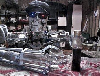 Пермский изобретатель распечатал на 3D-принтере Терминатора с ИИ