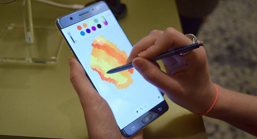 Samsung медлит сразработкой Galaxy S8 из-за взрывов Note7 - Изображение 1