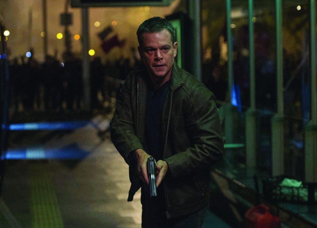 Мэтт Дэймон преследует Алисию Викандер на новых фото «Борна». - Изображение 1