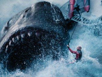 «Мег: Монстр глубины»— экшен-комедия обохоте нагигантскую акулу сДжейсоном Стэйтемом