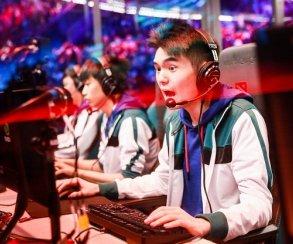 Хайлайт дня: китайский игрок избегает Echo Slam за долю секунды