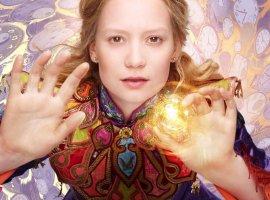 Новый трейлер «Алисы в Зазеркалье» высмеял переход на летнее время