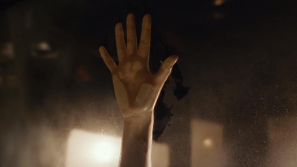 Отпечаток ладони на стекле авто из любовной сцены «Титаника» остался даже спустя больше 20 лет! | Канобу - Изображение 1