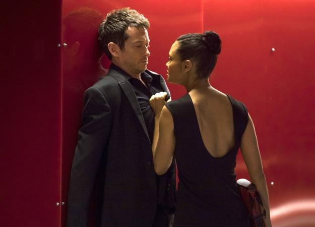 HBO продлила «Мир Дикого Запада» натретий сезон, несмотря наснизившиеся рейтинги второго. - Изображение 1