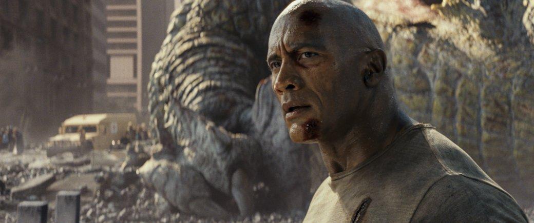 Огромные, жуткие животные иотважный Дуэйн Джонсон нановых кадрах фильма «Рэмпейдж». - Изображение 4