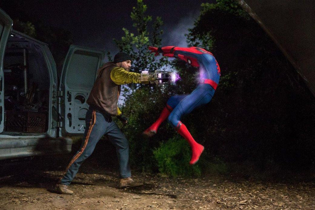 Сравниваем три киноверсии Человека-паука: Магуайр, Гарфилд, Холланд | Канобу - Изображение 12