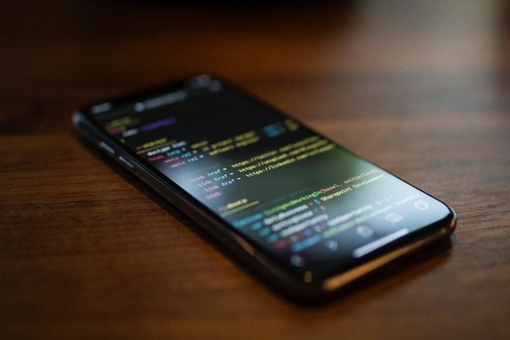 Хакеры уже взломали iOS14. Финальную версию джейлбрейка обещают осенью | Канобу - Изображение 38
