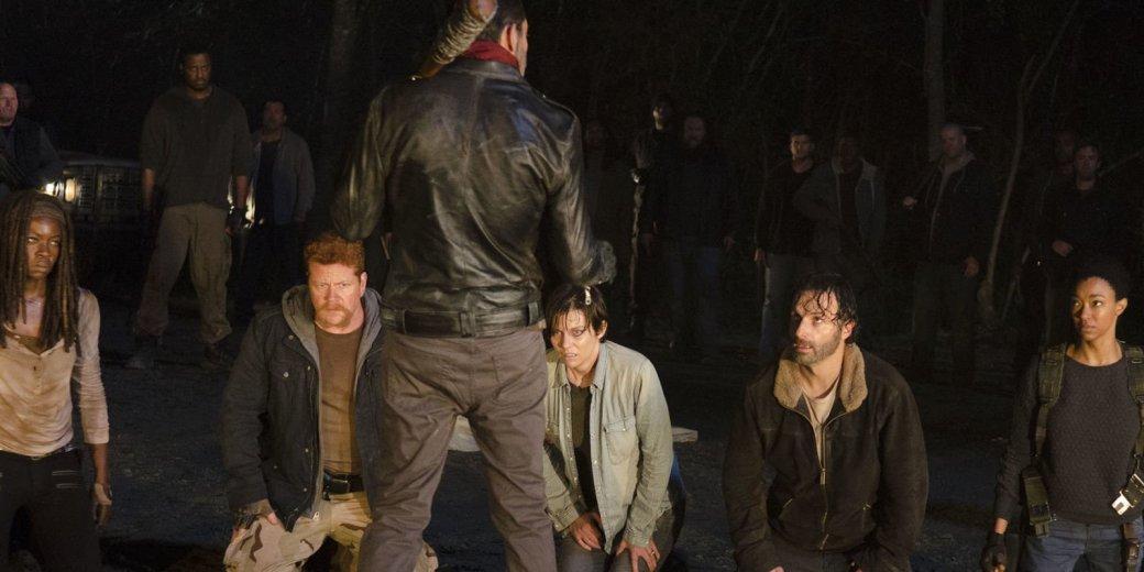 Продюсеры «Ходячих мертвецов» сняли 11 вариантов начала 7-го сезона | Канобу - Изображение 4090