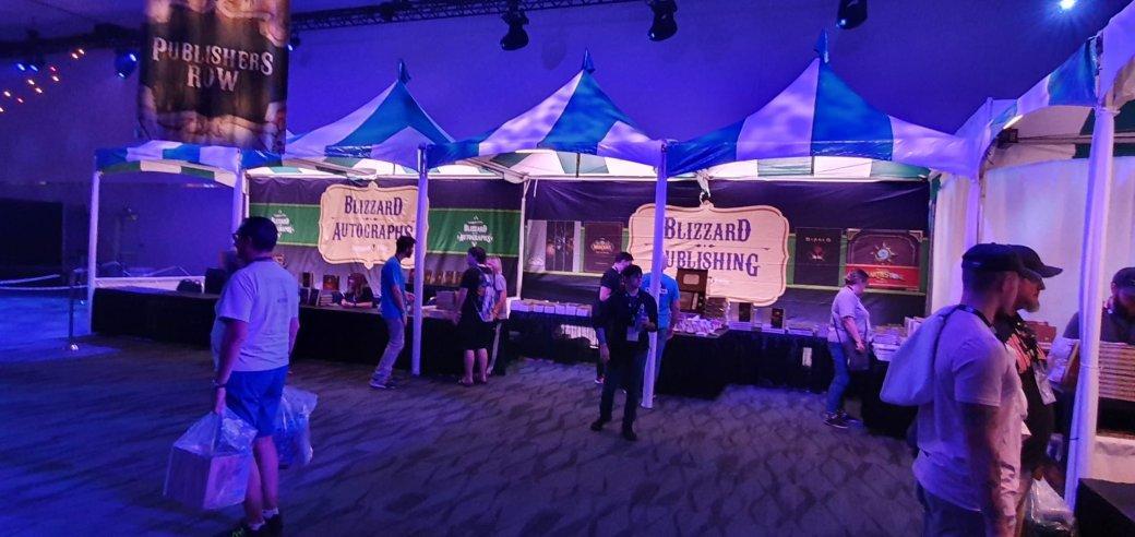 На BlizzCon в этом году развернулась настоящая Ярмарка Новолуния из World of Warcraft | Канобу - Изображение 12300