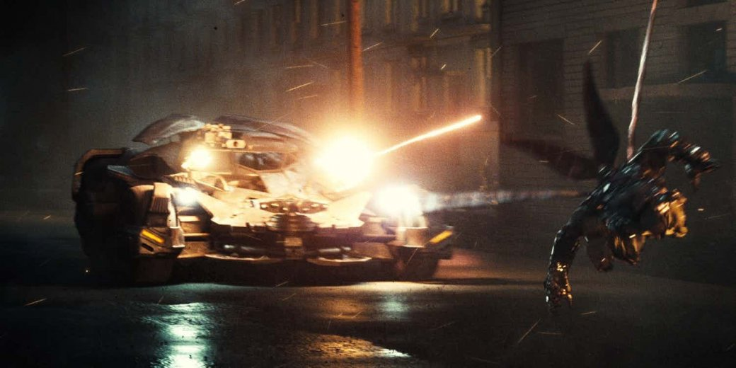 Считаем ракеты. Новый взгляд на Бэтмобиль из «Лиги справедливости» | Канобу - Изображение 0