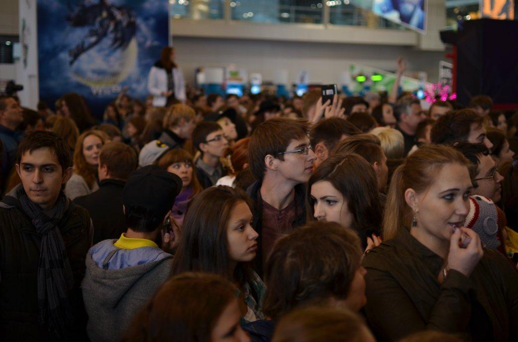 Фотоотчет с «Игромира» и Comic Con Russia, день 3 – Миша Коллинз | Канобу - Изображение 798