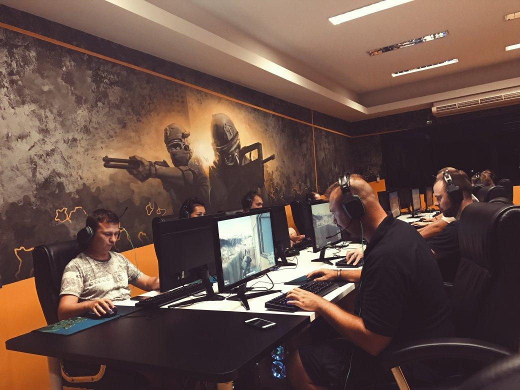 Как вдохнуть новую жизнь в компьютерные клубы? Создать отель для киберспортсменов! | Канобу - Изображение 3