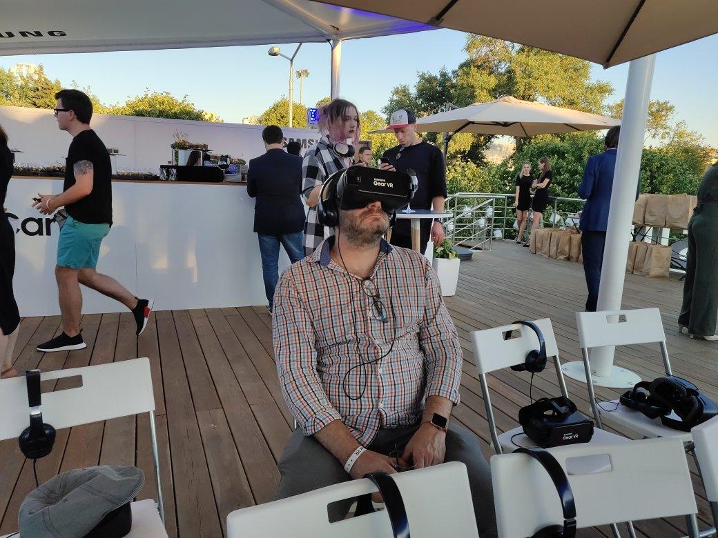 «Хочешь смотреть VR— умей вертеться». Впечатления отпервого сериала для виртуальной реальности | Канобу - Изображение 3