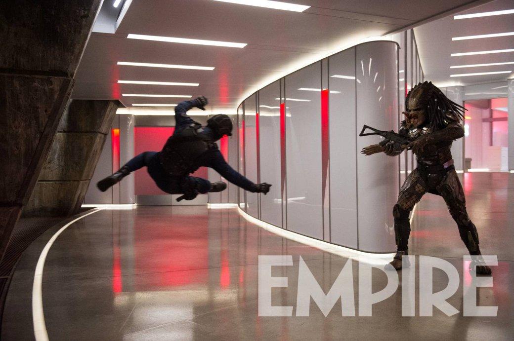 Устрашающий Хищник вброне нановых кадрах изфильма The Predator Шейна Блэка. - Изображение 1