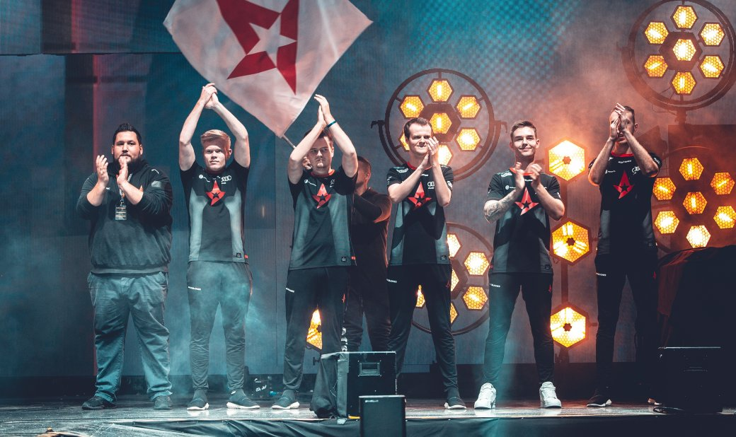 NaVi проиграла Astralis в финале FACEIT Major по CS:GO | Канобу - Изображение 1