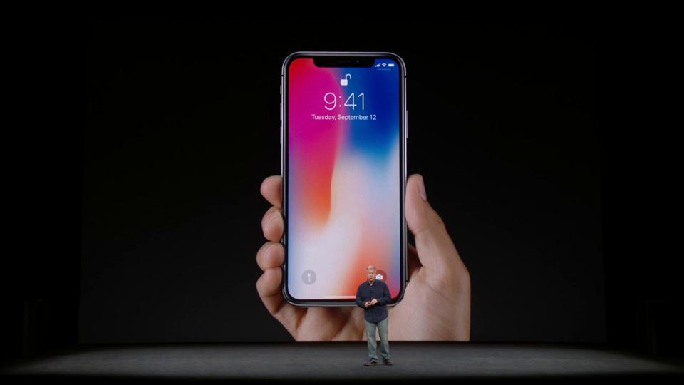 Apple показала iPhone X. Цены, дата выхода в России. - Изображение 1