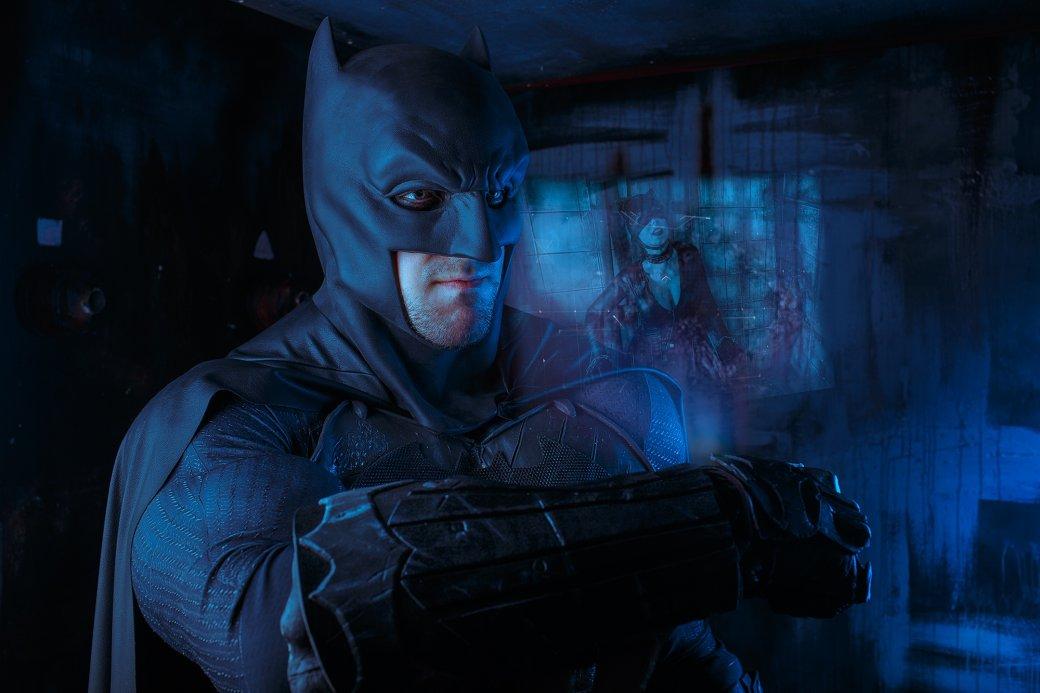 Бэтмен спасает Женщину-кошку из плена Загадочника в новом косплее | Канобу - Изображение 7647