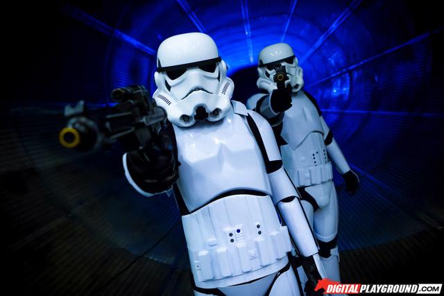 Порнопародии по«Звездным войнам»: кто вэтой вселенной стреляет первым?. - Изображение 18